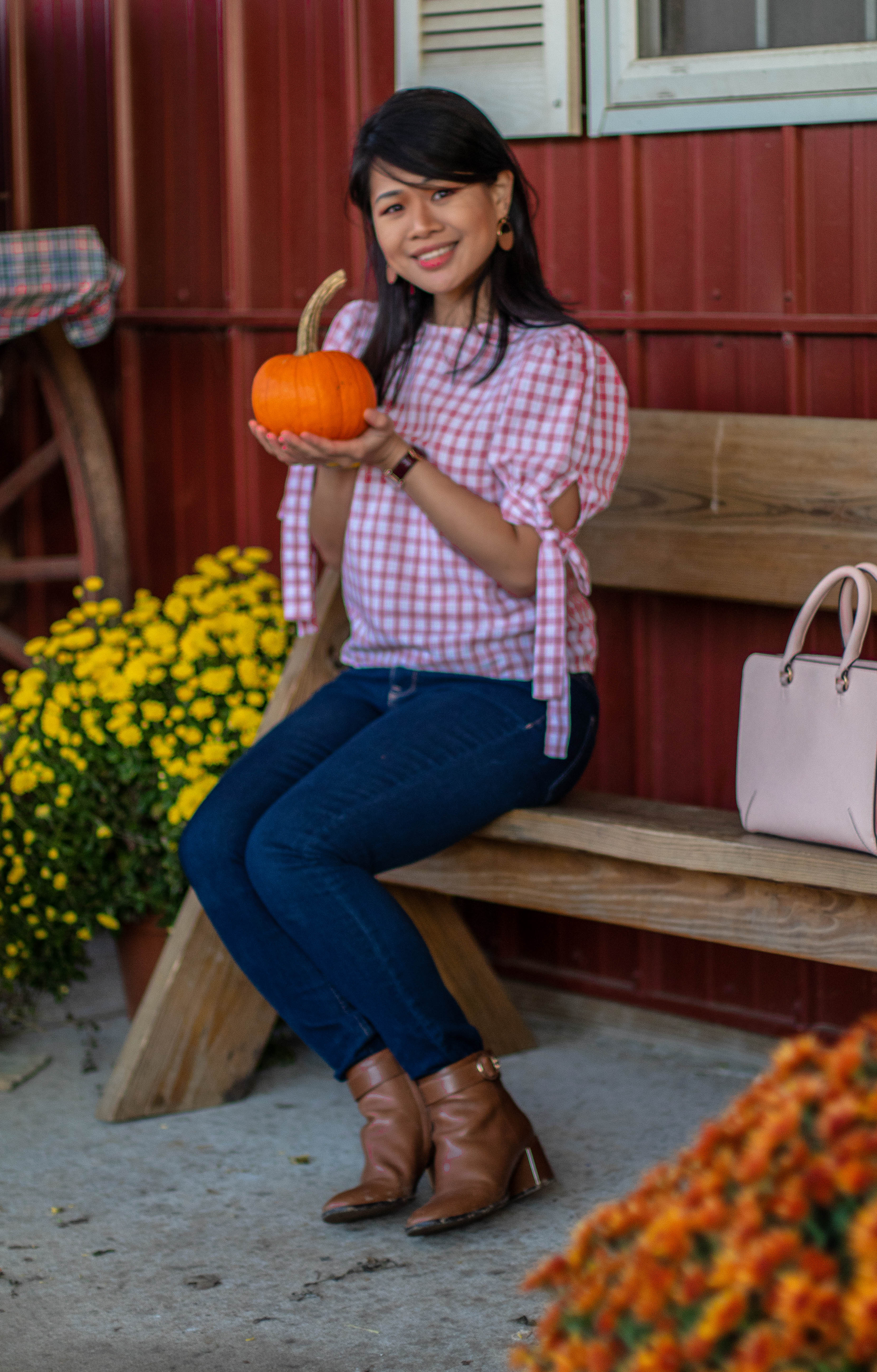 jeans outfit for fall