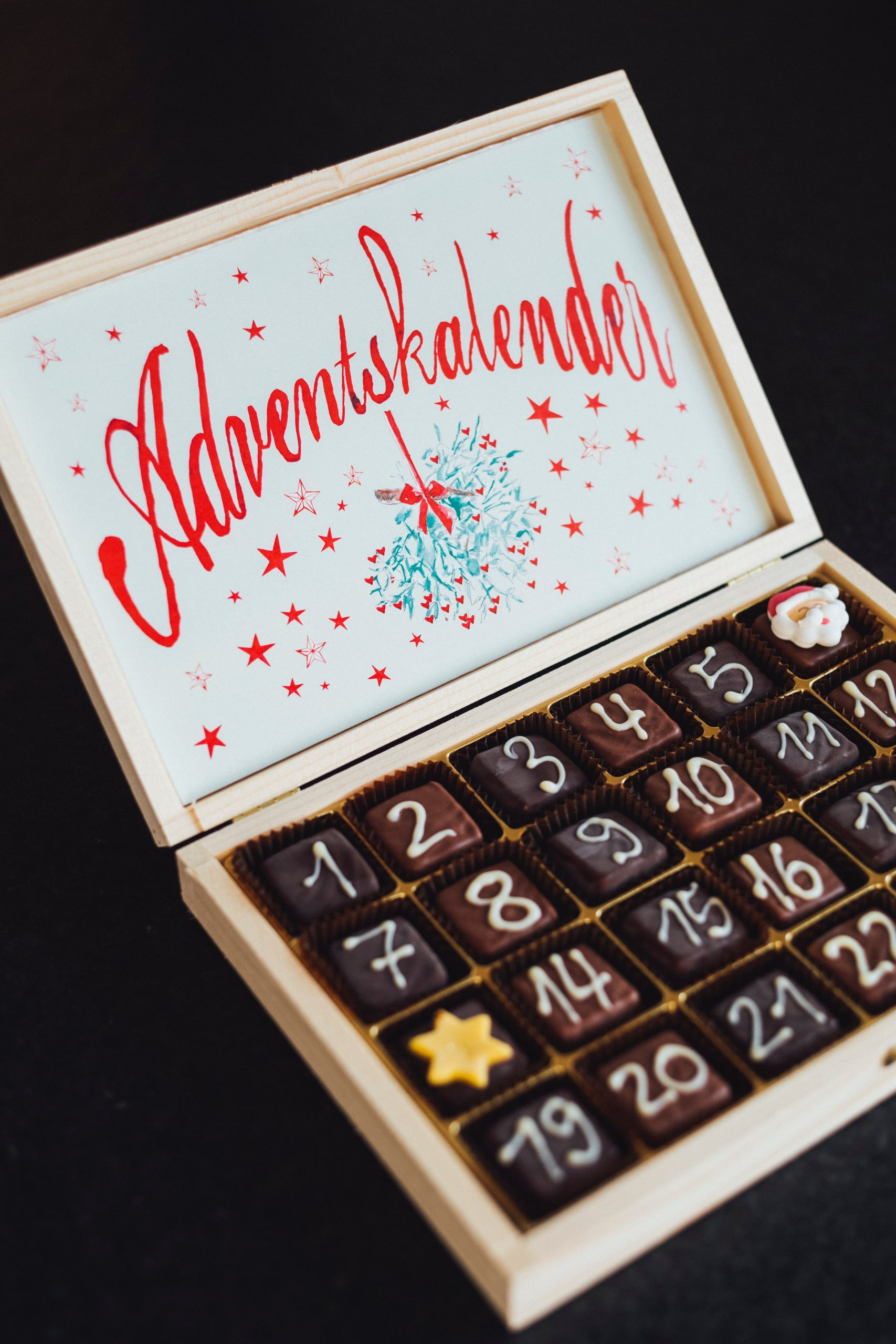 chocolate christmas holiday advent calendar